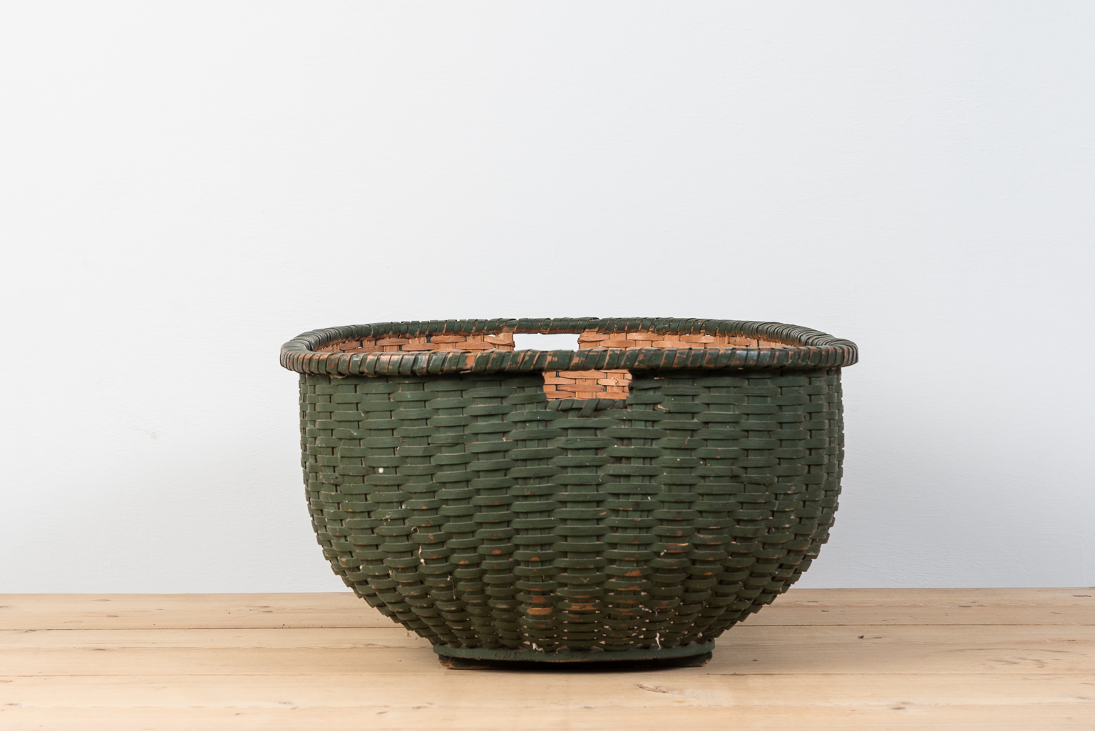 Swedish Painted Folk Art Basket From The Late 1800s