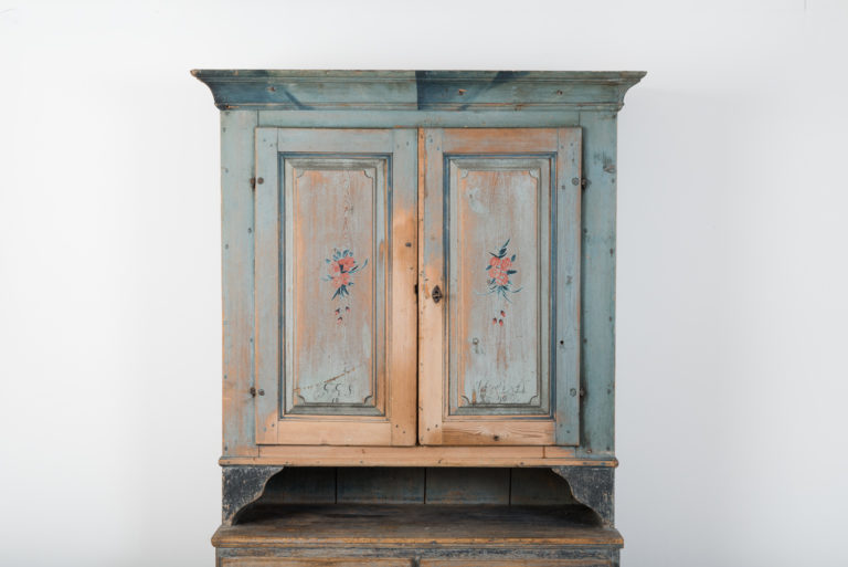 Folk Art Cupboard from Jämtland