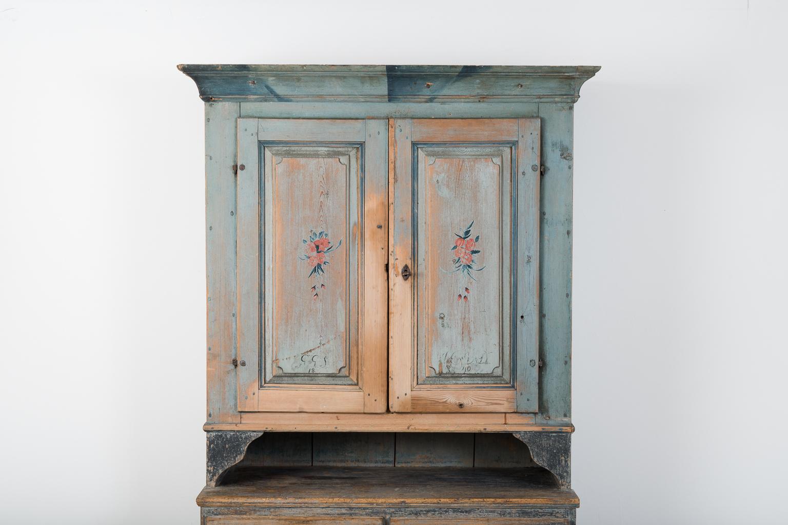 Folk Art Cupboard from Jämtland