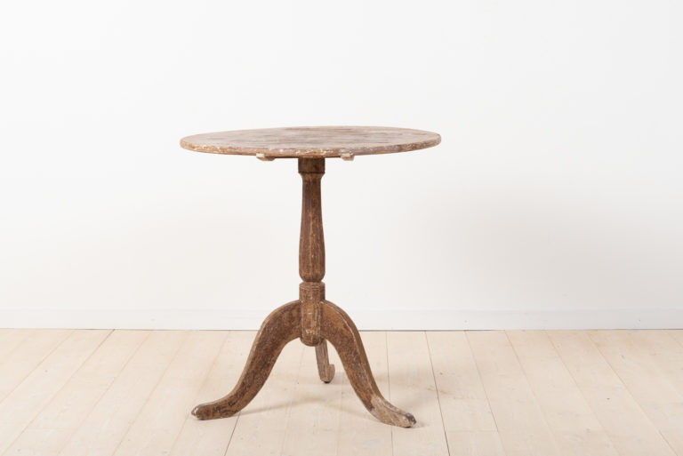 Swedish 19th Century Tilt Top Table