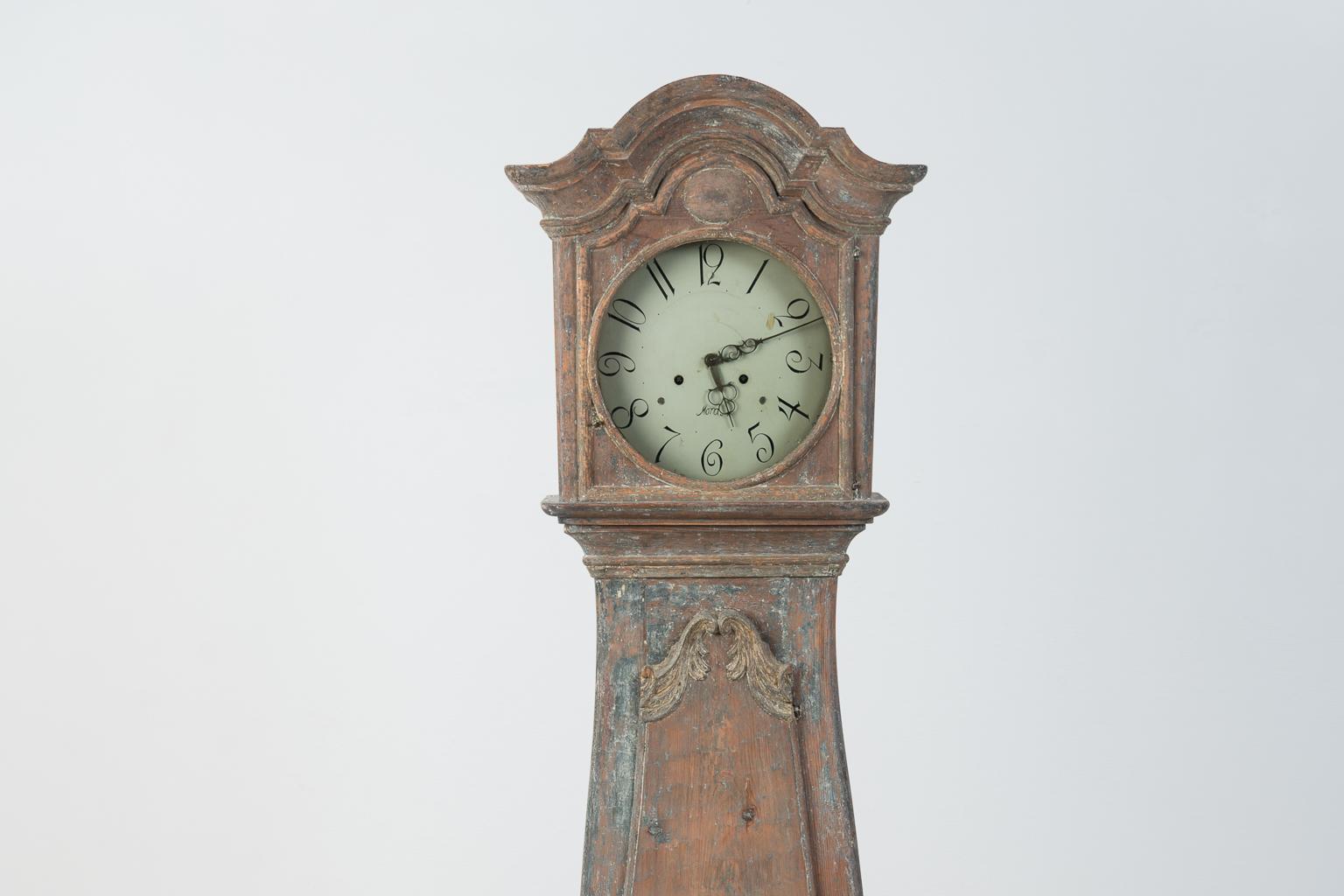 Early rococo clock