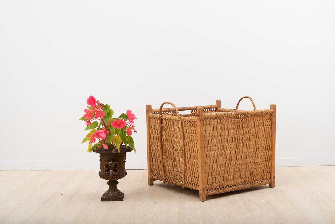 Swedish Folk Art Basket