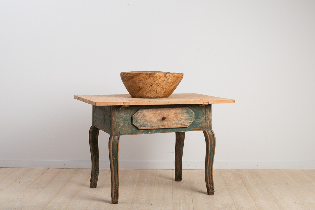 Swedish Baroque Table with Drawer and Curved Legs