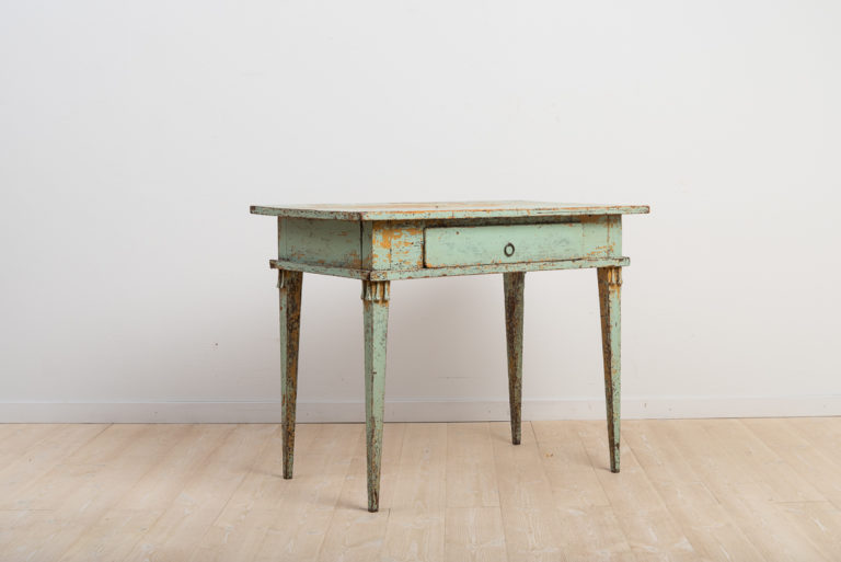 Swedish Gustavian Writing Desk with Green Paint from 1800