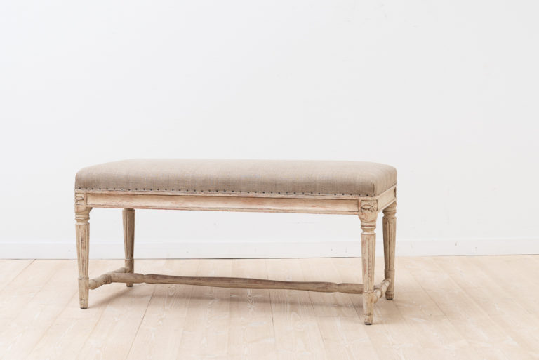 Bench in gustavian style