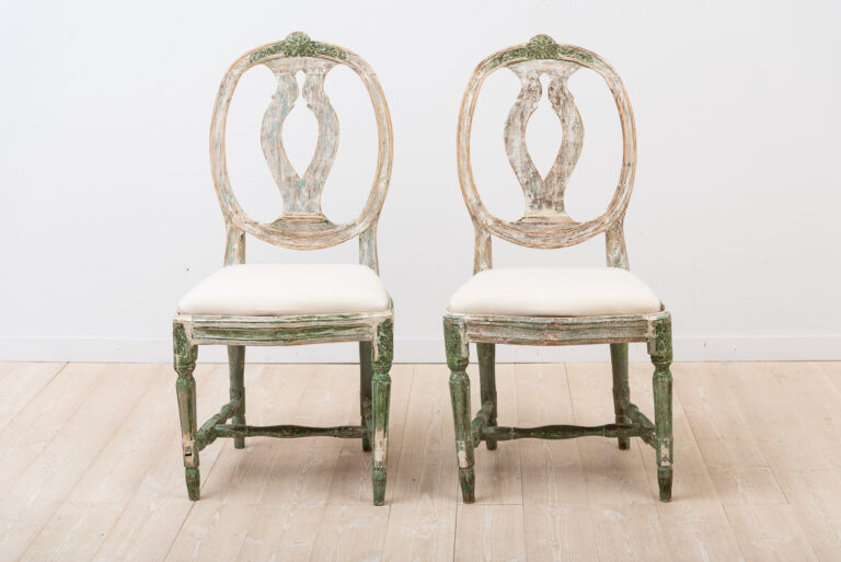 2 Provincial Swedish Chairs in the Swedish Model
