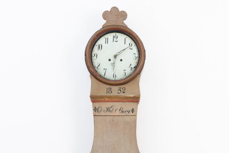 Mora Clock with Original Paint and Dating