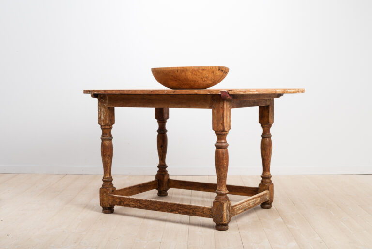Swedish Baroque Table in Pine with Oval Table Top