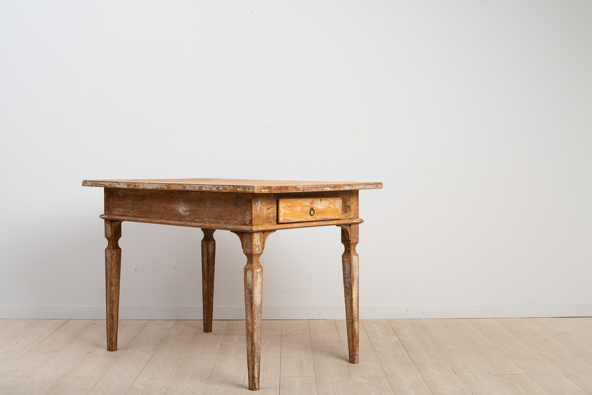 Folk art table in gustavian style from northern Sweden.