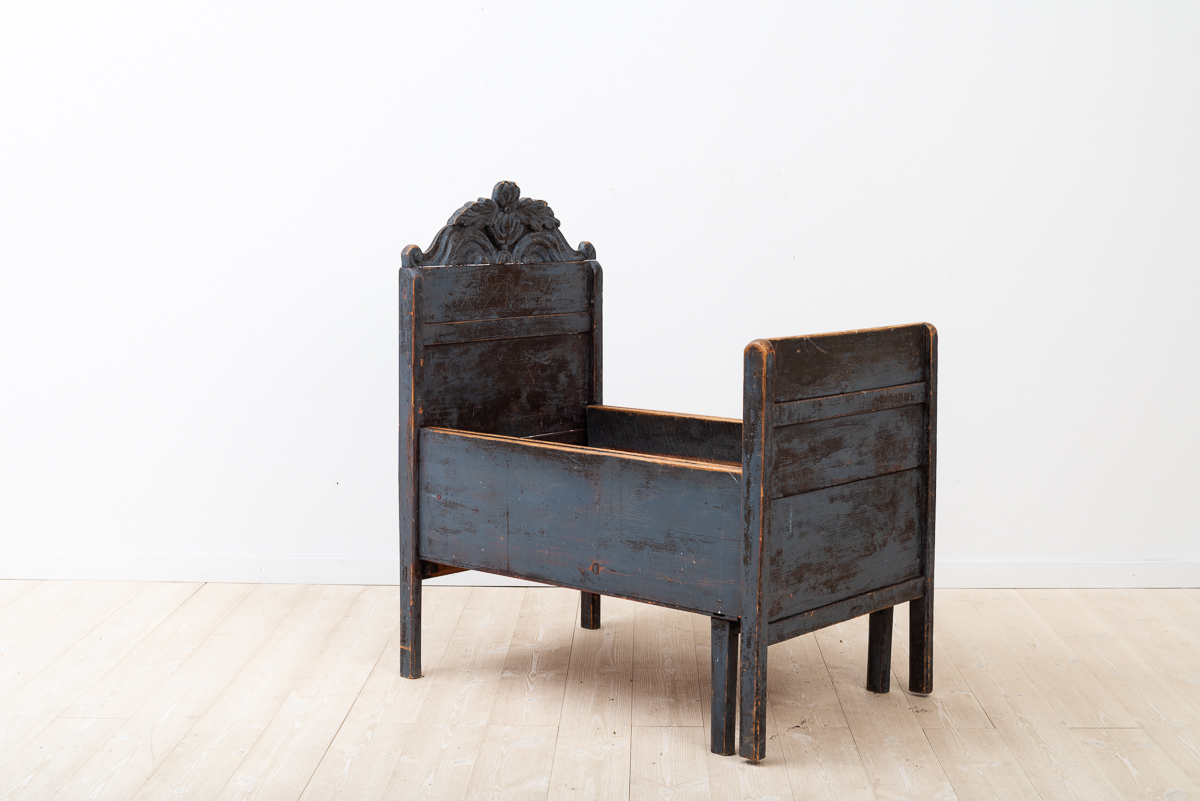 Unusual and Charming Childbed Early 19th Century