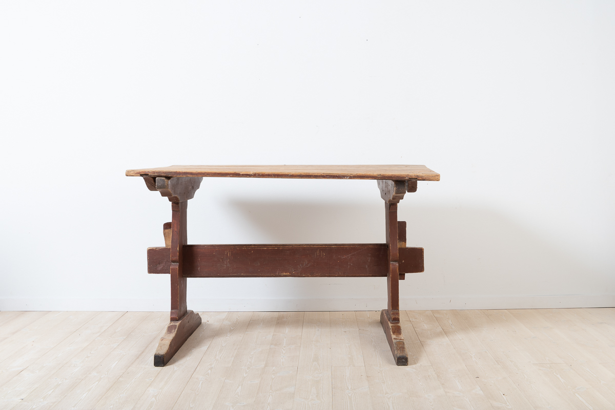 Trestle table in untouched condition. Natural patina after years of continuous use.