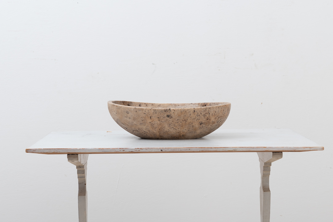 Swedish wooden bowl manufactured during the early 19th century. Natural wear and patina after 200 years.