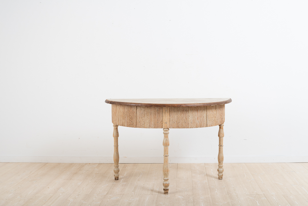 Swedish Provincial Console Table in Pine