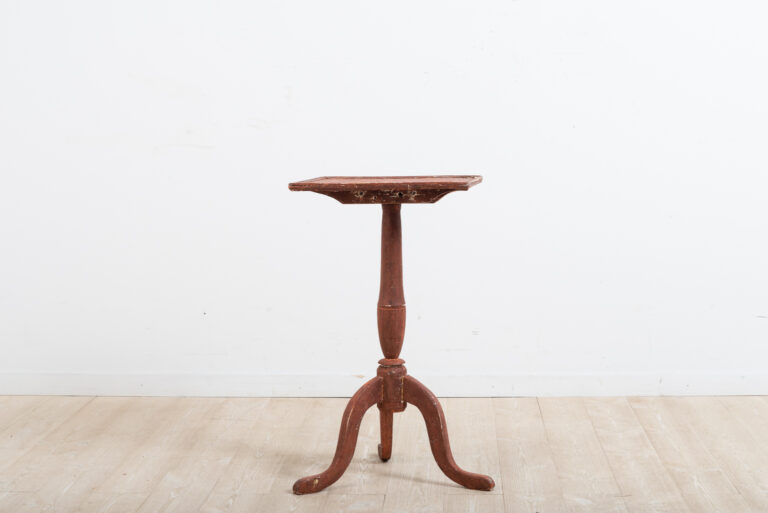 Gustavian Pedestal Table with a Rectangular Top
