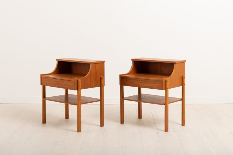 Pair Of Nightstands with Drawers from the Mid-Century