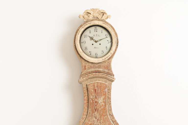 Gustavian long case clock. Dry scraped to original paint. It's unusual to have a lock on the door, the lock is in working condition. Old original glass