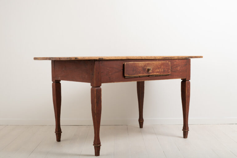 Gustavian Styled Work Table from Norrbotten