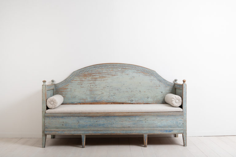 Rare Gustavian Sofa from Northern Sweden