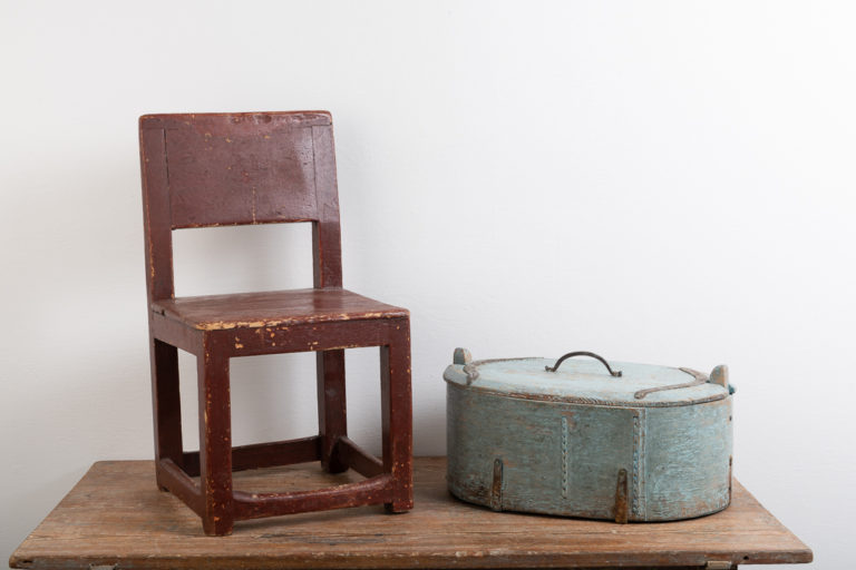 Swedish antique children's chair from the mid 1800s. The chair is the size and model suited for a younger child. Older paint from the turn of the century 1800 / 1900. Healthy and solid frame.
