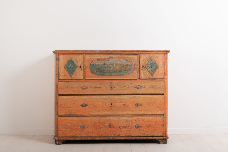 Primitive Chest of Drawers with Original Paint