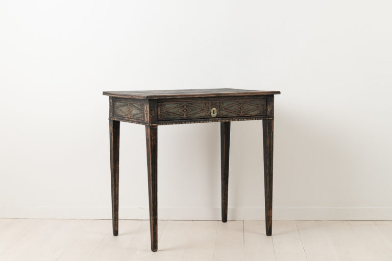 Neoclassical Side Table with Dark Distressed Paint
