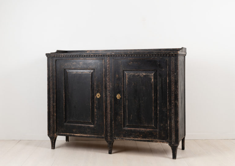 Neoclassical Sideboard in Painted Pine