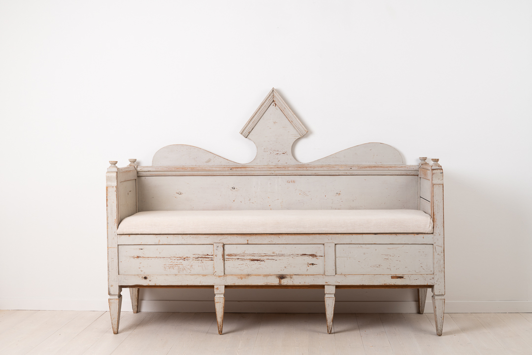 Folk Art Sofa in Neoclassical Style from Northern Sweden