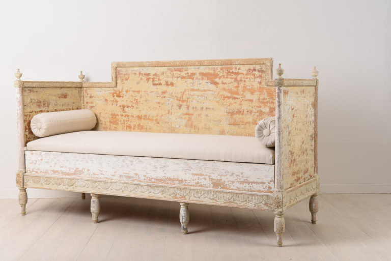 Gustavian Sofa in Painted Pine from 1790