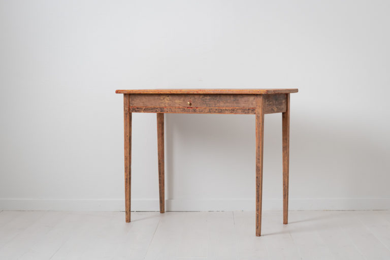 Small Neoclassical Side Table from Northern Sweden