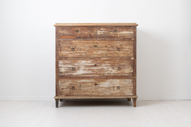 Rustic Neoclassical / Gustavian Commode from Sweden