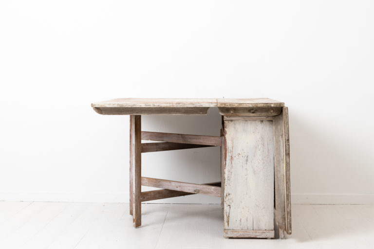 Double-Sided Drop Leaf Table with Crossed Gates