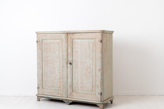 Gustavian and neoclassical sideboard from Northern Sweden. The sideboard has a straight and smooth shape typical for the Swedish gustavian period