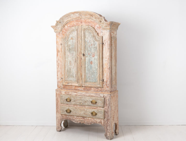 Late 1700s Rococo Cabinet from Jämtland in Sweden