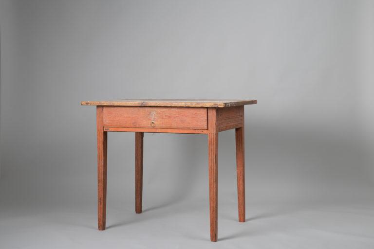 Northern Swedish Gustavian Table in Pine
