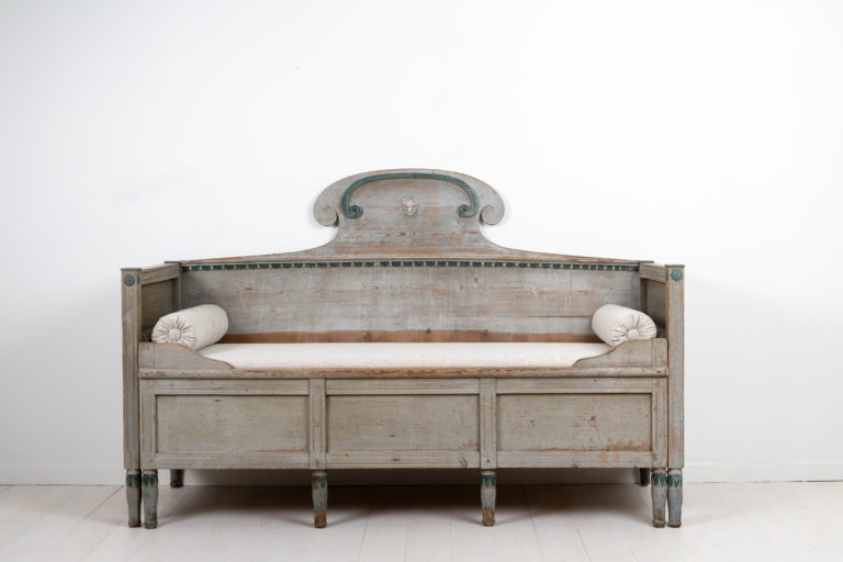 Gustavian Provincial Grey Sofa from the Early 1800s