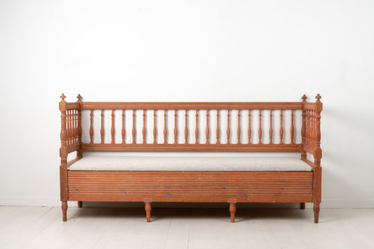 Gustavian and neoclassicalprovincial sofa from northern Sweden. The sofa is pine with the hand-scraped-to original paint