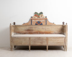 Swedish gustavian country sofa the years around 1800. The sofa is from a village called Forsa in Hälsingland and is locally known as a solsäng.