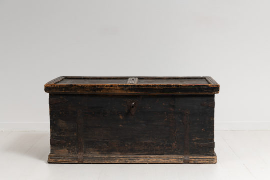 Swedish black soldier's chest from Järvsö in Hälsingland. Made around 1820 to 1840 the solider would keep their private effects in chests like this